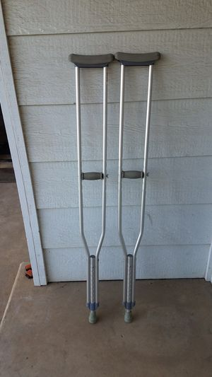 Crutches for Sale in Fresno, CA