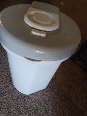 Diaper trash and for Sale in DeBary, FL