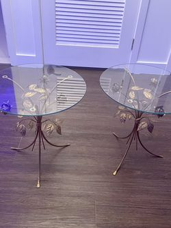 Beautiful Vintage Glass Tables (set of 2) for Sale in Los Angeles,  CA