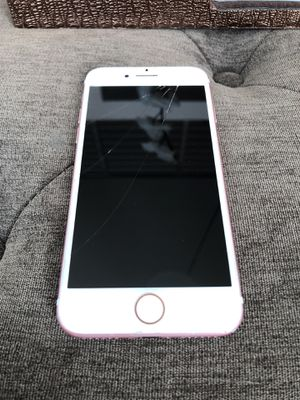 iPhone 7 32gb rose gold for Sale in Miami, FL