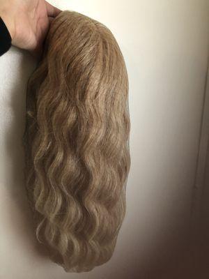 Beautiful Wig for Sale in Perris, CA