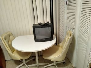 Kitchen Table & 2 Chairs for Sale in NEW PRT RCHY, FL