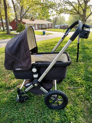 Bugaboo Frog rear or forward facing jogger with infant bed attachment for Sale in St. Louis, MO