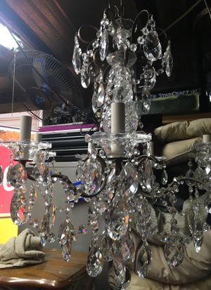 BEAUTIFUL CRYSTAL CHANDELIER! LOOK! for Sale in Perris, CA