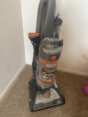 Hoover vacuum works good used for Sale in Victorville, CA
