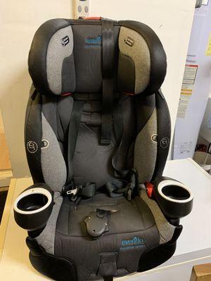 Adjustable Car seat: Evenflo Platinum Series for Sale in Mililani, HI