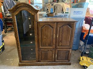 TV and Display Case for Sale in Bay City, MI
