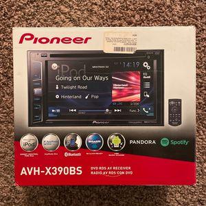 Pioneer Avh-x390bs for Sale in Jurupa Valley, CA