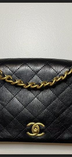 Genuine Leather classic flap bag black With Gold Hardware Small Chanel for Sale in Brooklyn,  NY