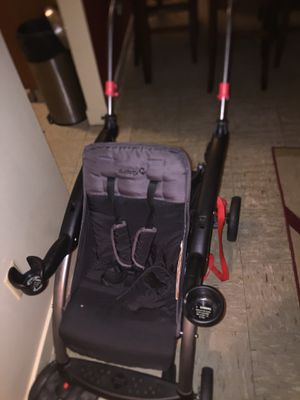 Baby stroller 2 in 1 for Sale in Boston, MA