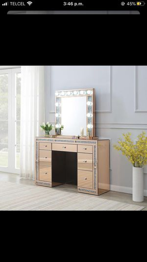 New mirror vanity /29 down for Sale in Missouri City, TX