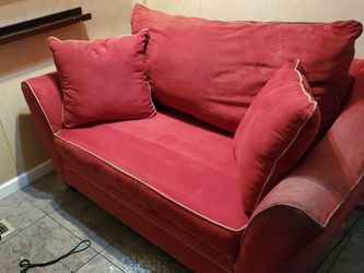 Comfortable Love Seat Sofa Sleeper Couch For Sale!! for Sale in Nashville,  TN