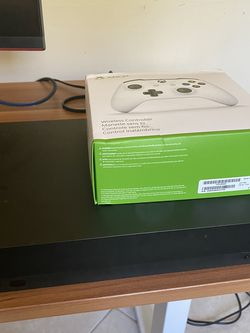 Xbox One X w/ Brand New Controller for Sale in Mesa,  AZ