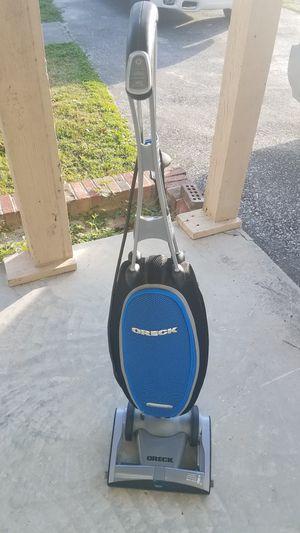 Oreck magnesium rs swivel steering vacuum for Sale in Ocala, FL