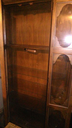 4 shelf display cabinet for Sale in Liberty, MO