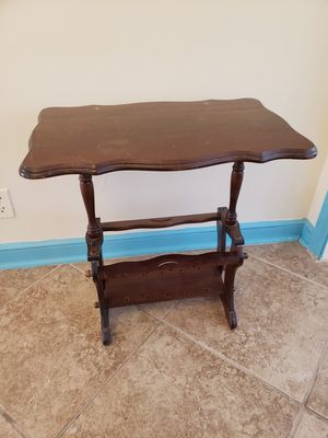 End table antique for Sale in Southington, CT