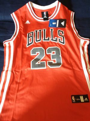 Brand new Adidas Jordan jersey for Sale in Bloomington, IL