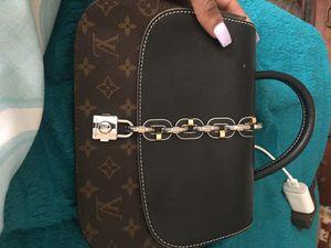 Authentic Louis Vuitton bag for Sale in Duncanville, TX