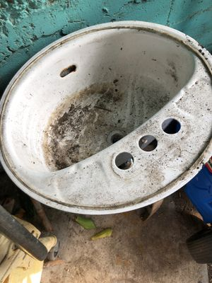 Free Single sink for Sale in Los Angeles, CA