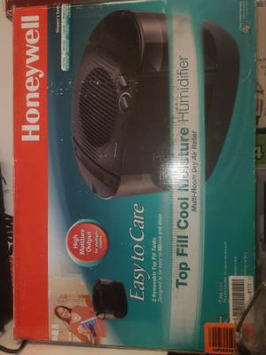 I3 Gal. Cool Mist Removable Top Fill Console Humidifier for Sale in Las Vegas, NV