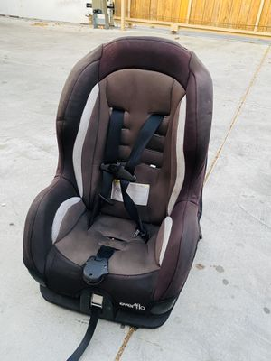 Car chair for Sale in Los Angeles, CA