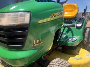 John Deere riding lawn mower tractor for Sale in Phoenix, AZ