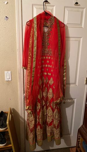 Pakistan women's wedding or formal gown with scarf for Sale in CA, US