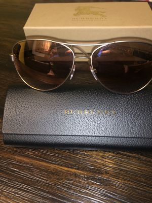 Burberry Sunglasses for Sale in Oakland Park, FL