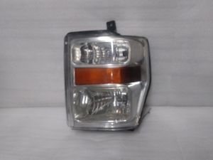2008 2010 ford f250 f350 f450 headlight for Sale in Los Angeles, CA