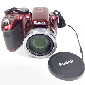 Kodak PixPro 16MP 40x Zoom Bridge Digital Camera for Sale in Auburn, WA
