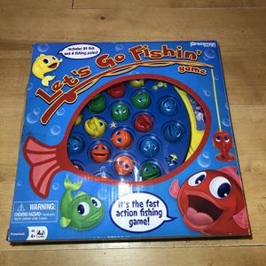 Lets Go Fishing Game (All Pieces Included) for Sale in Burrillville, RI