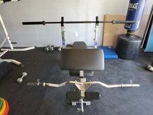 Weight bench, Olympic bar and Curling Bar for Sale in Whittier, CA