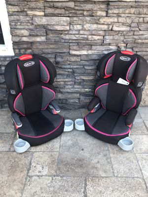PRACTICALLY NEW GRACO TURBO BOOSTER SEATS for Sale in Rialto, CA
