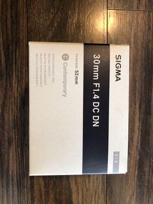 Sigma - 30mm F1.4 DC DN - For Sony E mount for Sale in Pleasanton, CA