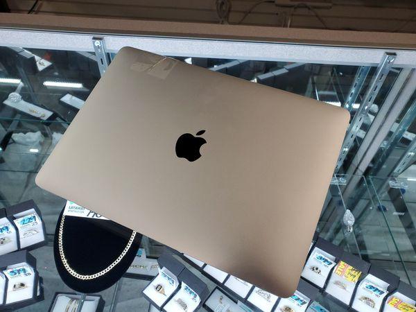 MacBook Apple FREE LAYAWAY!