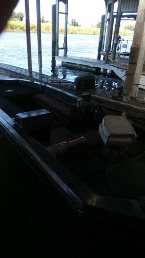 Champion bass boat for Sale in Oakley, CA