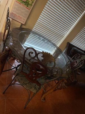 Dining table 4 seat for Sale in Katy, TX
