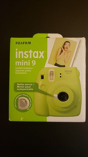 Instax mini 9 Lime Green for Sale in Suwanee, GA