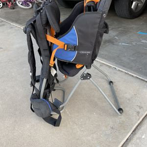 REI Child Carrier And Hiking Backpack for Sale in Mesa, AZ