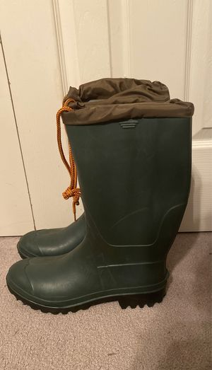 Rain boots size 10 for Sale in Owings, MD