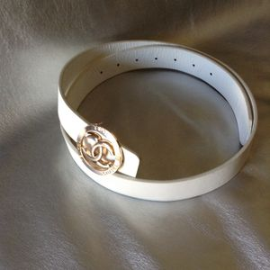 Ladies fashion belt for Sale in Fresno, CA