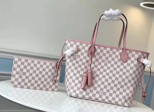 Louis Vuitton Neverfull Bag for Sale in Lakewood, CO