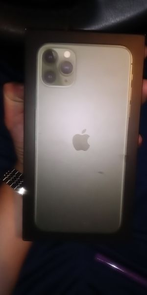 IPhone11 Pro Max 64gb for Sale in Los Angeles, CA