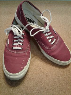 "BURGUNDY VANS ""OFF THE WALL"" size 7.5 Women or size 6 Men for Sale in Manteca, CA"
