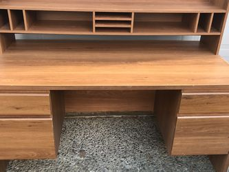 Wooden Work Desk for Sale in Renton,  WA