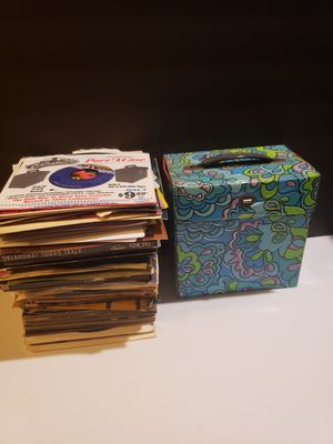 Vinyl Record Lot of 45s rpm + Rare Vintage Album Holder Case - 150+ Albums (Various Genres from 50s + 60s + 70s) for Sale in Reinholds, PA