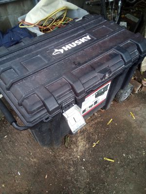Husky tool box for Sale in Fremont, CA