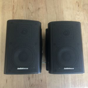 Audio Source LA 300 Bookshelf Speakers Sound Great!! for Sale in Phoenix, AZ