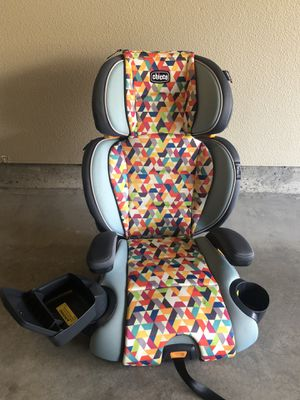 Car seat Chicco for Sale in Portland, OR