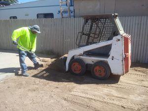 Dump trailer \ Bobcat for Sale in Phoenix, AZ